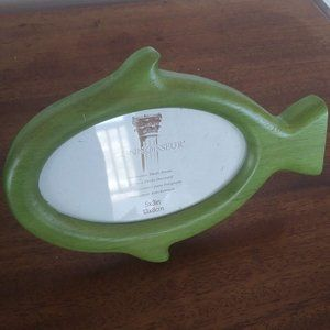 Wooden Fish-Shaped 3x5 Frame